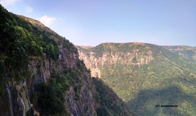 Kaziranga National Park, Shillong, Meghalaya Tourism, Cherrapunji, Mawlynnong, Dawki, Pobitora